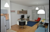B7, Studio apartment